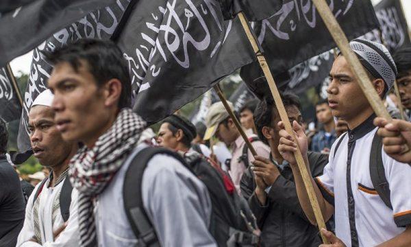 Salafismo si rafforza  tra gli studenti delle università statali indonesiane