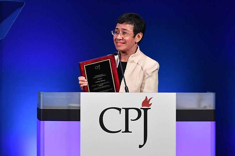 Giornalista filippina Maria Ressa insignita del premio Nobel per la pace