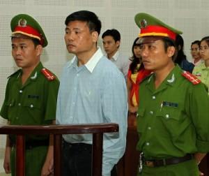 condannato blogger nhat legge dei media