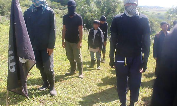 I soldati bambino del gruppo Maute nelle Filippine Meridionali