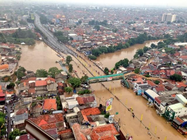 inondazioni a giacarta subsidenza