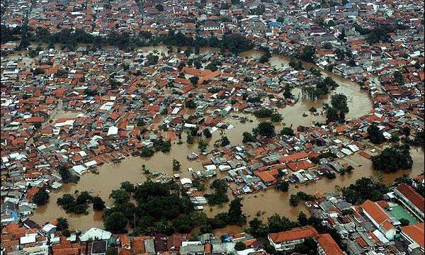 INDONESIA: Giacarta nel racconto di Karim Raslan
