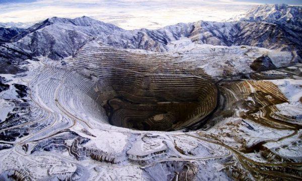I minatori di Grasberg a Papua, infettarsi di COVID19 o sopravvivere
