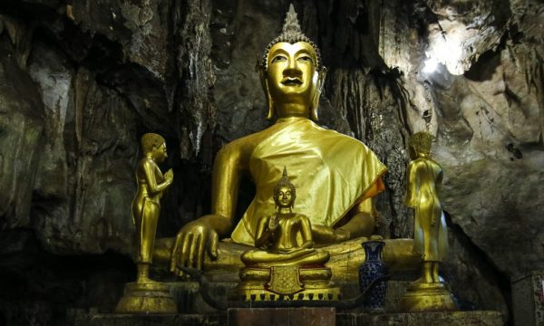 Il mito della principessa sdraiata di Tham Luang Non in Thailandia