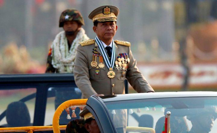 Militari Birmani golpe di veto