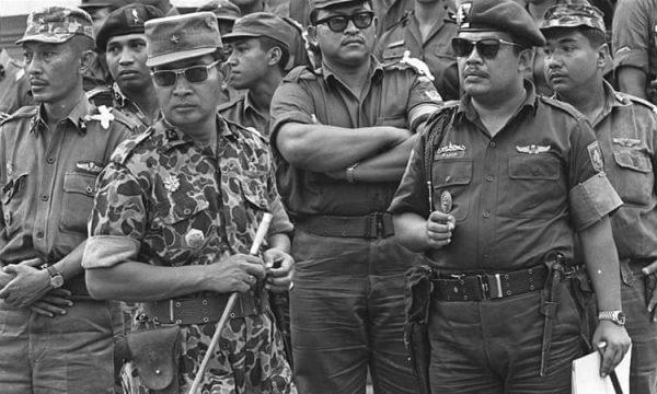 La caduta di Suharto di 22 anni fa, eppure il suo regime ancora non muore