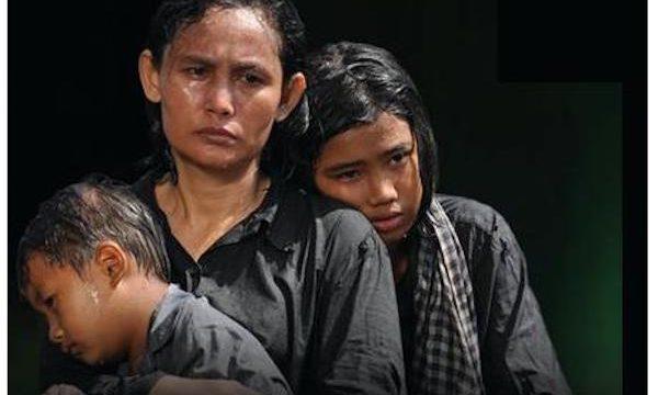 CAMBOGIA: I fantasmi di una fossa comune dei Khmer Rossi