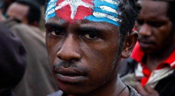 INDONESIA: Papua, il volto scuro e molle dello sviluppo indonesiano