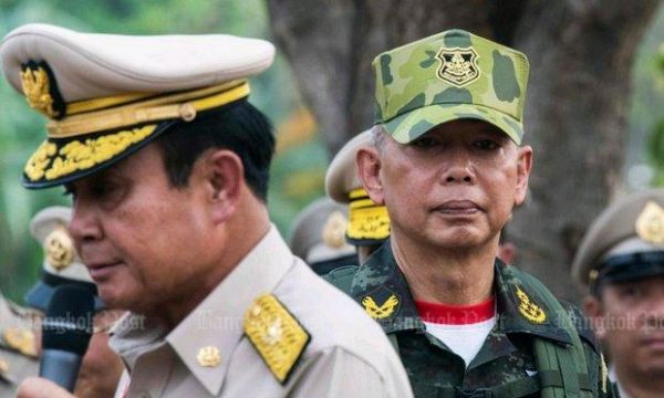 I generali thai affrontano la nuova generazione di opposizione
