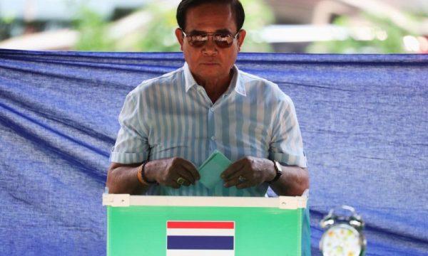 Risultati ufficiali del voto thai garantiscono ai militari la presa del potere