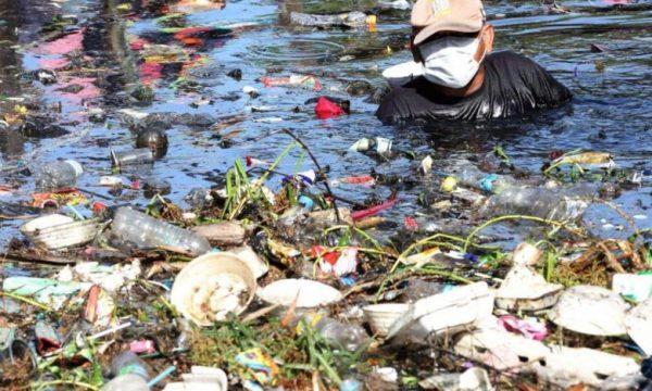 Bantar Gebang, quello che il riciclaggio dei rifiuti non dice agli occidentali