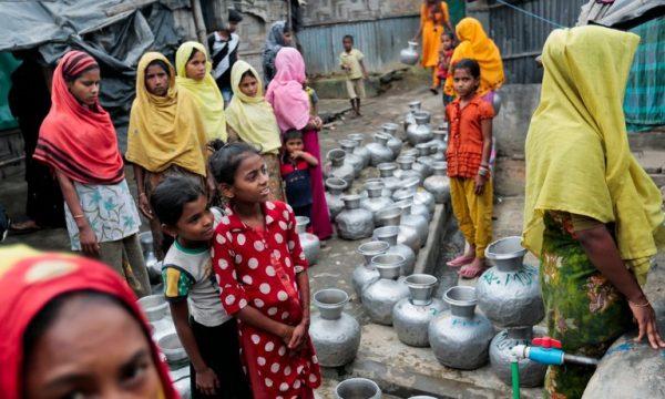 La carta rosa della cittadinanza ai Rohingya non cambia il continuo sacrificio