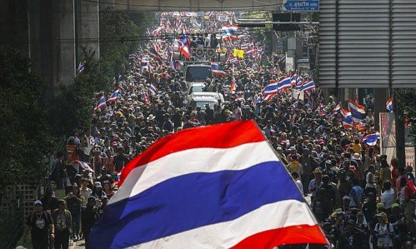 THAILANDIA: Bloccare Bangkok diventa bloccare un parco pubblico