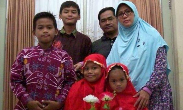 Riabilitazione dei bambini del ISIS degli attentati a Surabaya in Indonesia