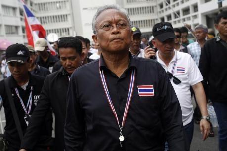 THAILANDIA: Non si vede la fine alla crisi politica a Bangkok