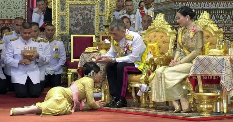 Sineenat, nobile consorte reale tornata nelle grazie del re