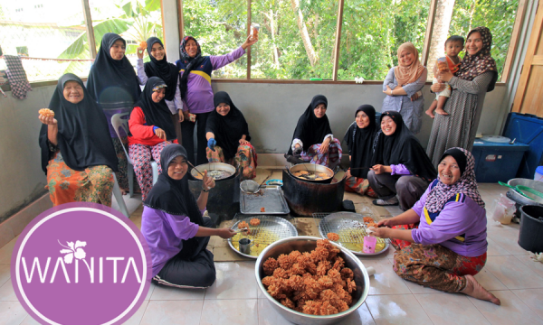 Festa delle donne pasticcere del profondo meridione thailandese
