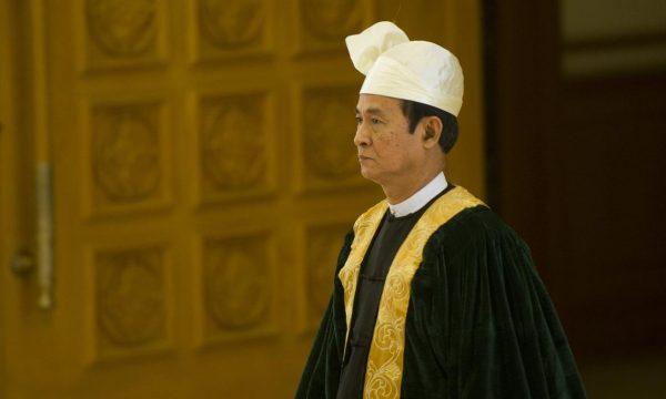 Neoeletto presidente birmano Win Myint ha amnistiato 8000 prigionieri politic