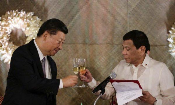 Ministro filippino Teodoro Locsin e la guerra verbale Cina Filippine
