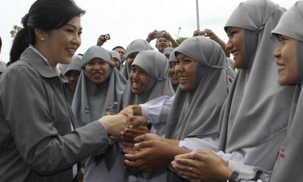 Il processo contro Yingluck, Prayuth e l'opposizione